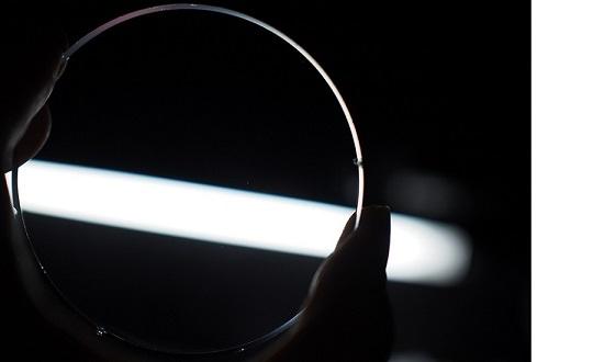 lense woman